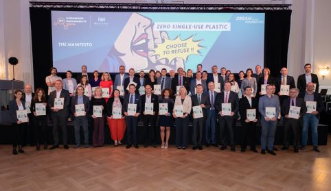 Luxembourg Sustainability Forum 2019: More than 50 companies engaged to fight against ultra-disposable plastic.